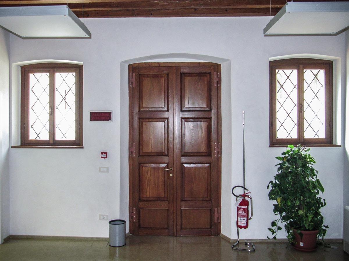 Restauro Infissi In Legno Bologna serramenti in legno stile restauro a tarzo (tv) - finblok