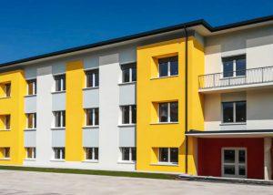 Serramenti Anniversary by Finblok - Scuola di Limana (BL)